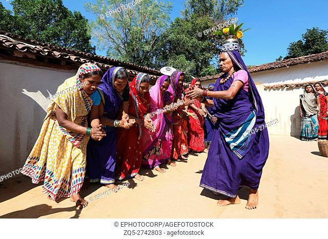 Suva Dance, BHARIA TRIBE, Kendaikhar village, Korba dist, Tahsil kathgora, Chattisgarh, India