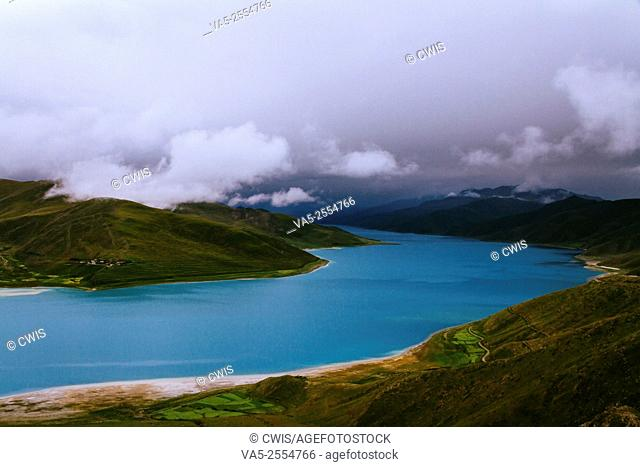 Beautiful view of Yamdrok Lake, Tibet