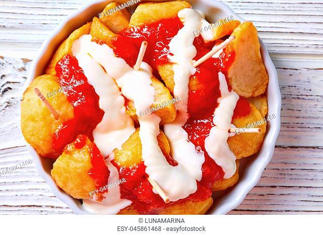 Bravas potatoes pinchos tapas from Spain recipes pintxos