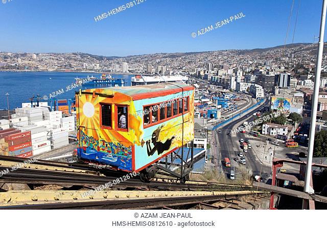 Chile, Valparaiso region, Valparaiso, funicular El Peral