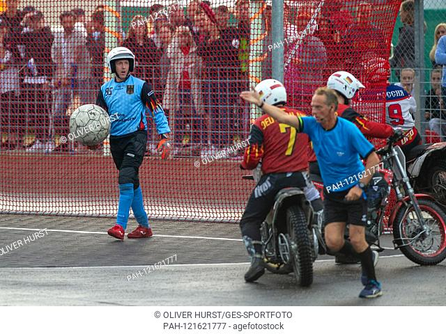 goalkeeper Jens Kehrer (GER), does not agree with the referee's decision to 0: 4 for Russia. GES / Motoball / European Championship, Final: Germany - Russia, 22