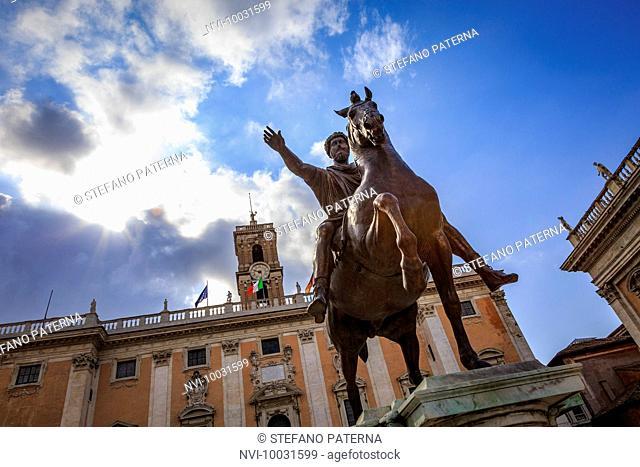 Equestrian Statue of Marcus Aurelius, Palazzo Senatorio, Capitoline Hill, Campidoglio, Rome, Lazio, Italy