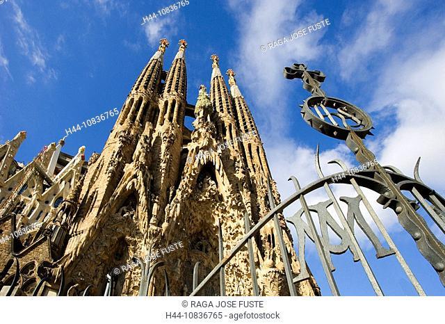 Spain, Europe, Sagrada Familia Cathedral, Barcelona City, Antoni Gaudi, UNESCO, World heritage site, architecture, lan