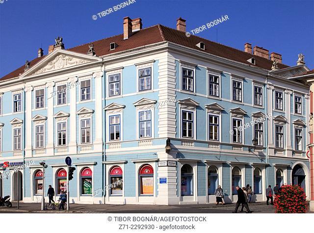Hungary, Sopron, Várkerület, street scene, historic architecture