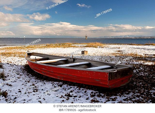 Life boat on the wintry Hoernle, a tongue of land in Konstanz, Lake Constance, Baden-Wuerttemberg, Germany, Europe