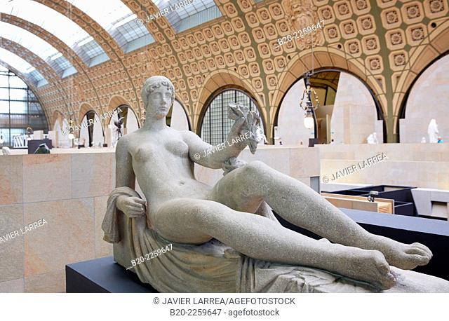 Monument to Cezanne, sculpture by Aristide Maillol. Musée d'Orsay. Orsay Museum. Paris. France