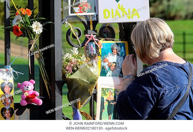 Flowers and tributes are left outside Kensington Palace on the 20th anniversary of the death of Princess Diana Featuring: Atmosphere Where: London