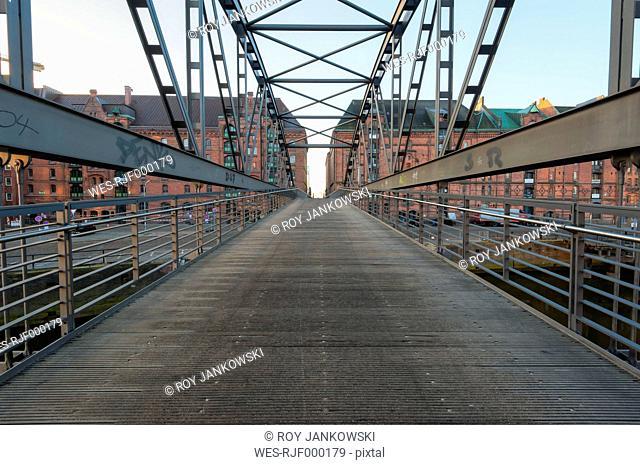 Germany, Hamburg, Kibbelsteg, Bridge in the Speicherstadt