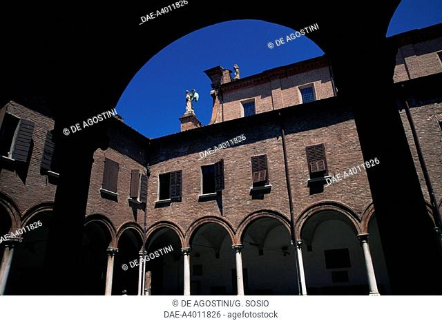 The cloister of the Basilica of Saint Mary in Vado, historic centre of Ferrara (UNESCO World Heritage List, 1995), Emilia-Romagna, Italy
