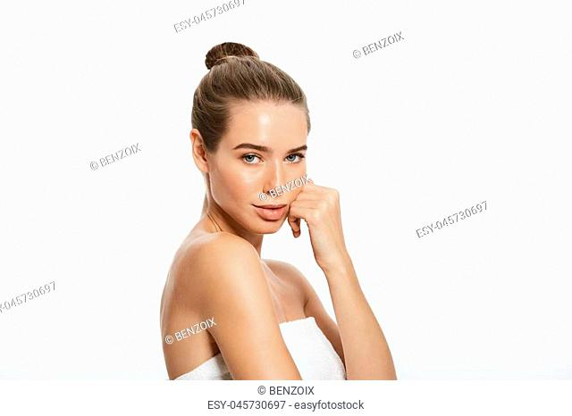 Woman Beauty Makeup, Natural Face Make Up, Body Skin Care, Beautiful Model Touching Neck Chin