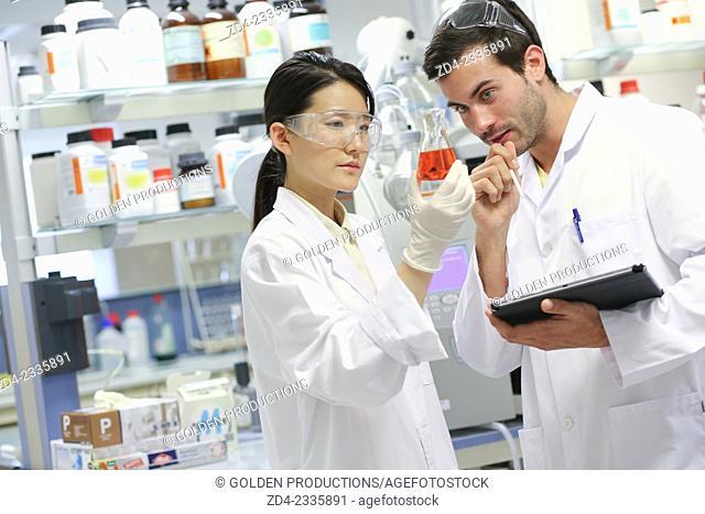Researchers. Organic Laboratory. Chemical Analysis Laboratory. Technological Services to Industry. Tecnalia Research & Innovation, Donostia, San Sebastian