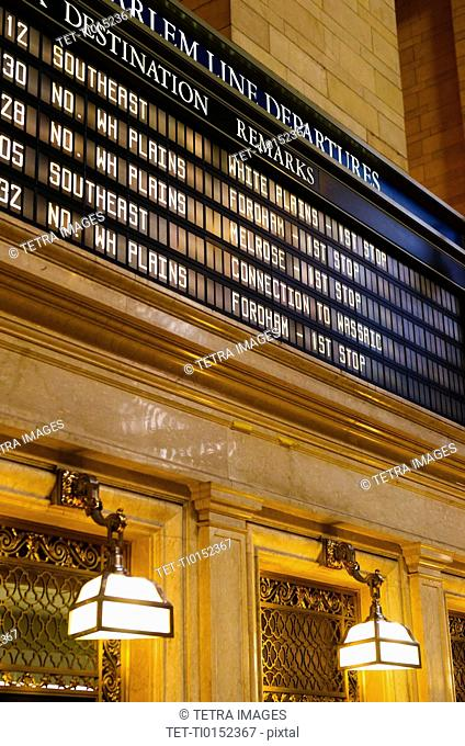 USA, New York State, New York City, Departure table in Grand Central Station