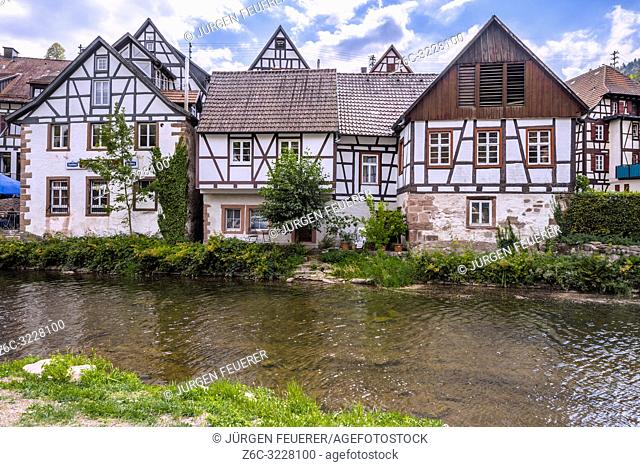town Schiltach in the Kinzig valley, Black Forest, Germany, old half-timbered houses on the riverside of the Kinzig
