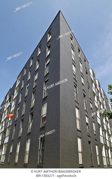 Modern apartment building, Am Arnulfpark district housing development, Munich, Bavaria, Germany, Europe
