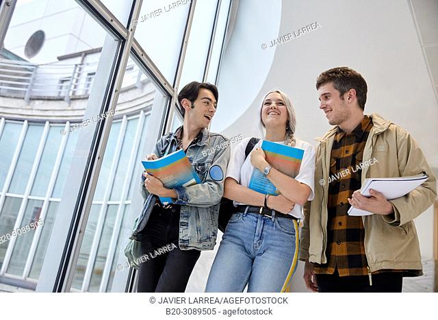 Students walking, College, School of Business Studies, University, Donostia, San Sebastian, Gipuzkoa, Basque Country, Spain, Europe