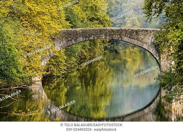 Stone bridge over Bidasoa River, Vera de Bidasoa, Navarra Community, Spain