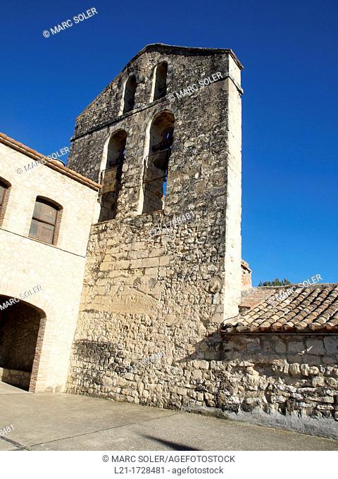 Sant Pere de Castellet church, romanesque style, 12th century. Castellet i la Gornal, Catalonia, Spain
