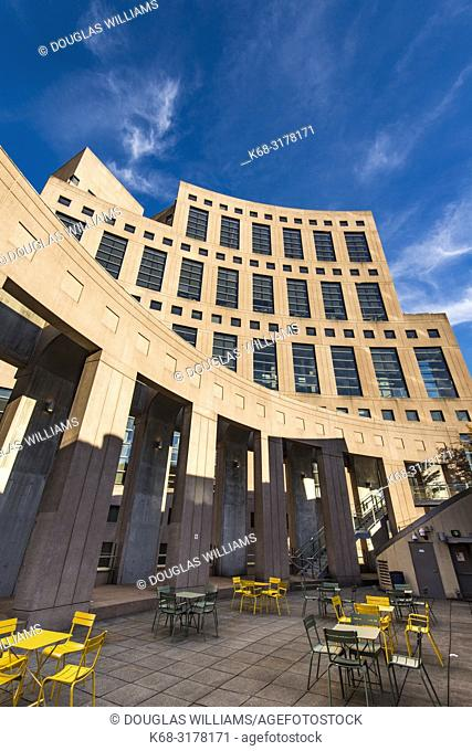 Vancouver Public Library, downtown Vancouver, BC, Canada