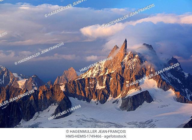 France, Haute Savoie, Chamonix Mont Blanc, the Dent du Geant (4013m) at sunrise