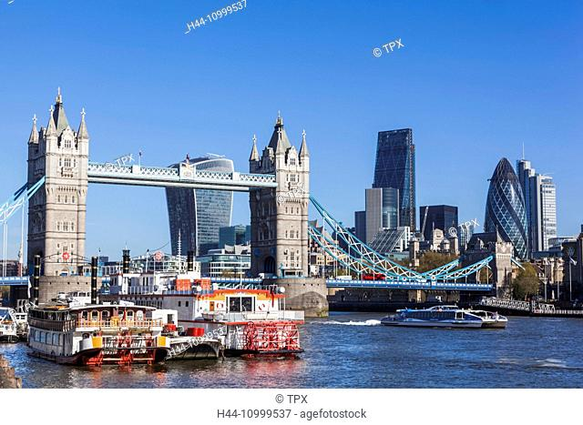 England, London, Thames River and London Skyline