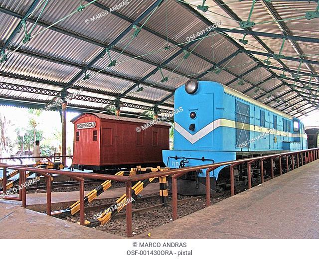 pernambuco people walking in a trains museum