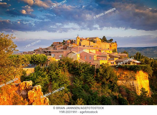 Sunrise over hilltop village of Roussillon in the Luberon, Provence France