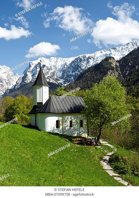 Antonius chapel, Kaisertal (valley), Wilder Kaiser (mountain), Tyrol, Austria