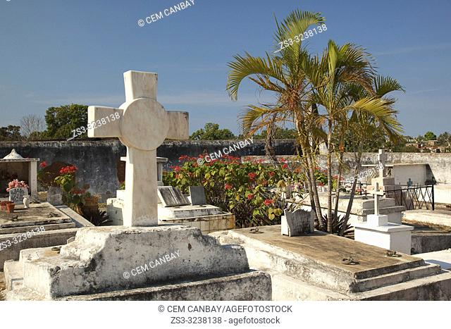 Tombs and statues in the graveyard of the cemetery in the town, Trinidad, Sancti Spiritus Province, Cuba, West Indies, Central America