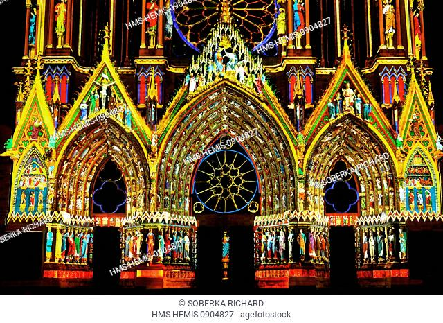 France, Marne, Reims, Notre Dame Cathedral listed as World Heritage by UNESCO, sound and light show Dreams of colors created by the Company Skertzo projected...