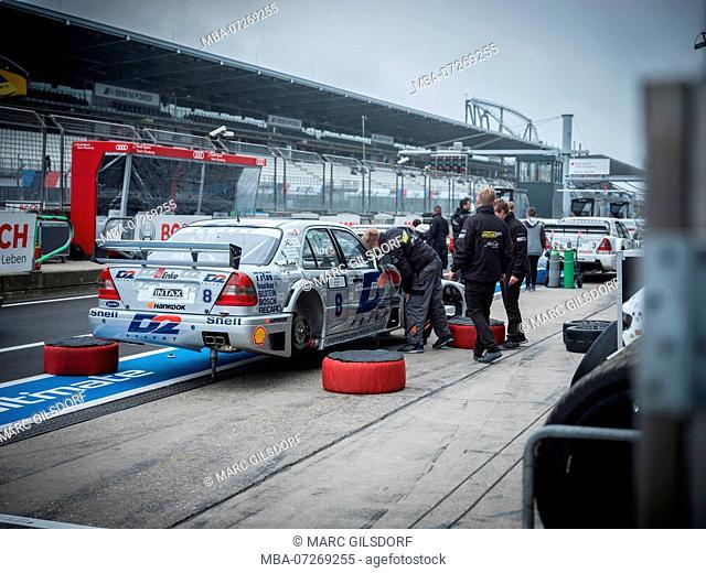historic DTM race car is in the pit lane, DTM Mercedes AMG, Ellen Lohr