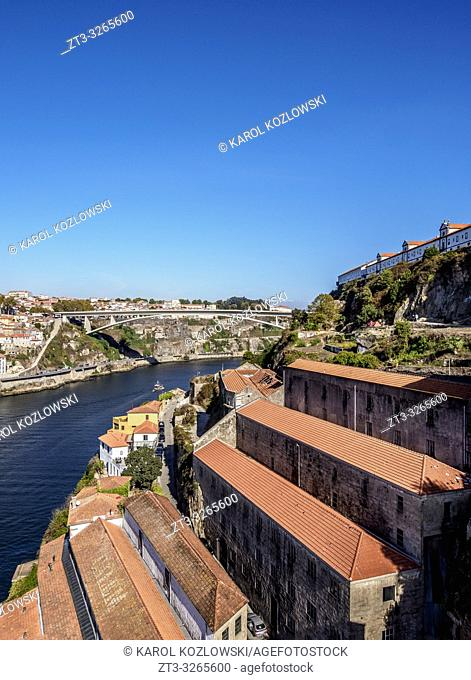 Houses on the bank of River Douro, Vila Nova de Gaia, Porto, Portugal