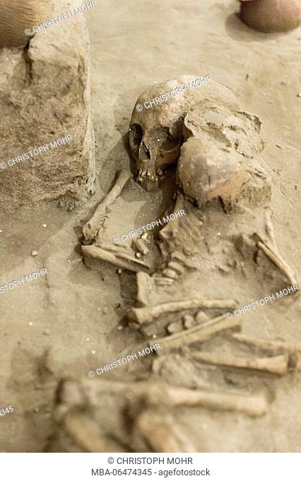 Denpasar, Bali museum, tomb, human bones