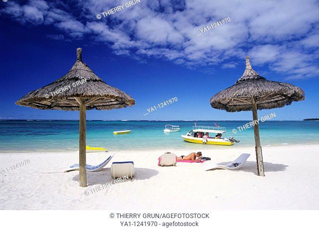 Belle Mare lagoon and beach, Mauritius Island, Indian Ocean