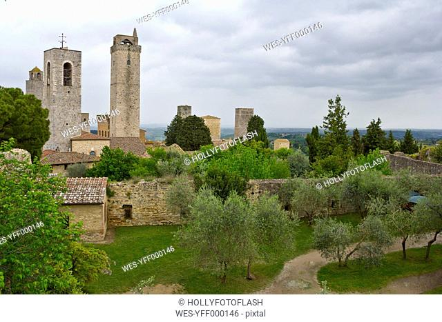 Italy, Tuscany, San Gimignano, View from Park to Gender towers
