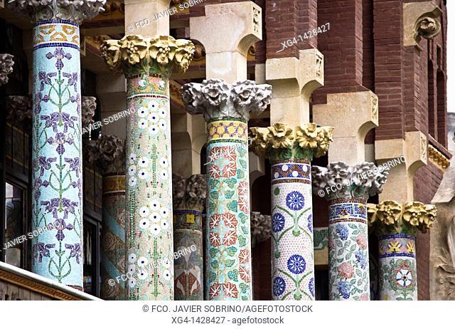 Columns decorated ceramics in the Art Nouveau facade of Palau de la Música, the architect Domènech i Montaner - Barcelona - Catalonia - Cataluña - Spain
