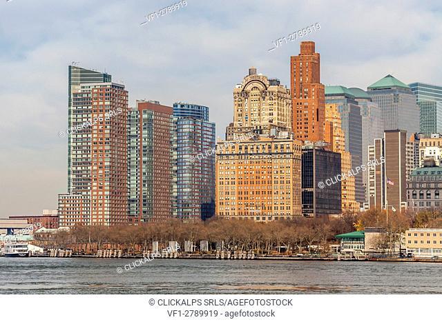 Downtown Manhattan across the Hudson River and Brooklyn Bridge, New York, Manhattan, United States of America