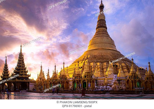 Shwedagon, The golden Pagoda in Myanmar