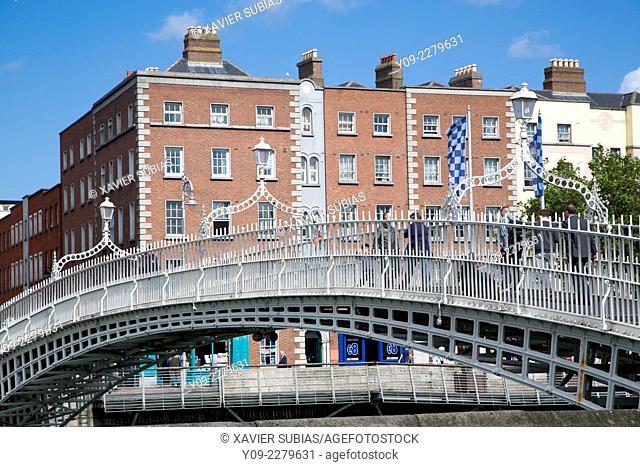 Ha'penny Bridge, Dublin, Leinster, Ireland