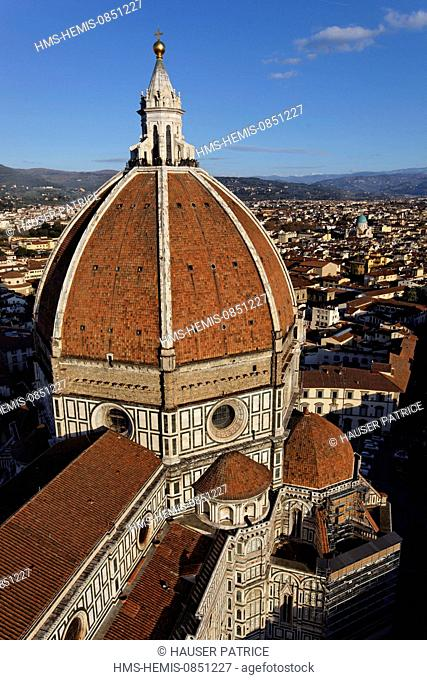 Italy, Tuscany, Florence, historic center listed as World Heritage by UNESCO, piazza del Duomo, cathedral Santa Maria del Fiore, outside view of the dome