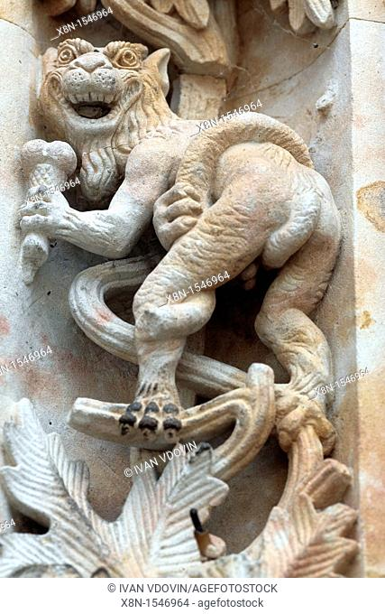 Monster with ice cream on the portal of New Cathedral Catedral Nueva, Salamanca, Castile and Leon, Spain