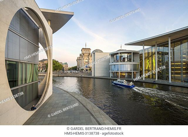 Germany, Berlin, East Berlin, the Reichstag, and the Paul Lobe building and Marie Elisabeth Luders Haus by the architect Stephan Braunfels on the river Spree