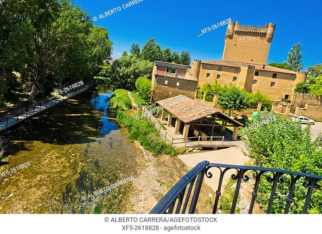 Medieval Castle, Castle of the Velasco, S. XIV, Cuzcurrita del Río Tirón, La Rioja, Spain, Europe