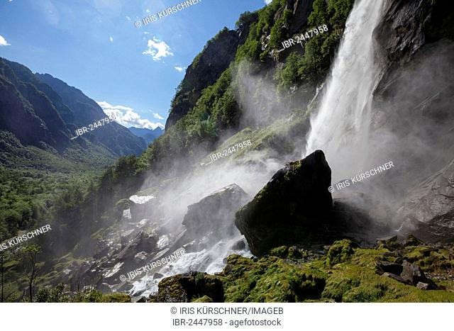 Waterfall of Foroglio, Bavona Valley, Val Bavona, Maggia Valley, Valle Maggia, Ticino, Switzerland, Europe