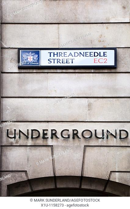 Threadneedle Street Bank Underground Entrance City of London England