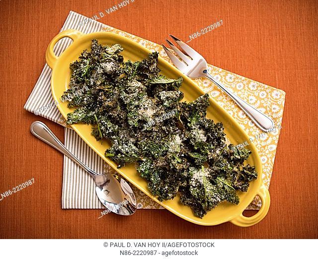 parmesan kale chips preparation