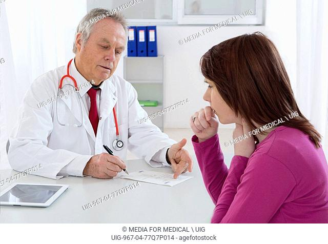 Woman consultation. (Photo Illustration by: Media for Medical/UIG)