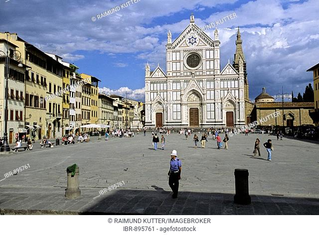 Santa Croce Basilica and Square, Florence, Firenze, Tuscany, Italy, Europe