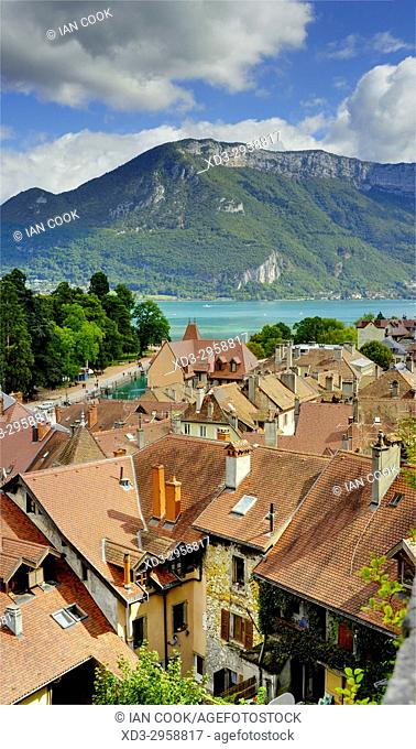 city and Annecy Lake viewed from Chateau dâ. . Annecy, Annecy, Haute-Savoie department, Auvergne-Rhône-Alpes, France
