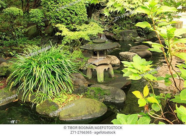 Japan, Tokyo, Asakusa, Matsuchiyama Shoden Temple, garden,
