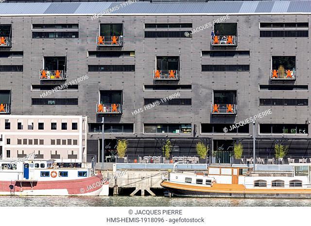 France, Rhone, Lyon, La Confluence new district in the South of the Presqu'ile (Peninsula), Quai Rambaud, the former Customs building